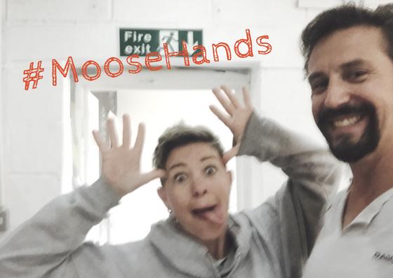 #MooseHands KN.png