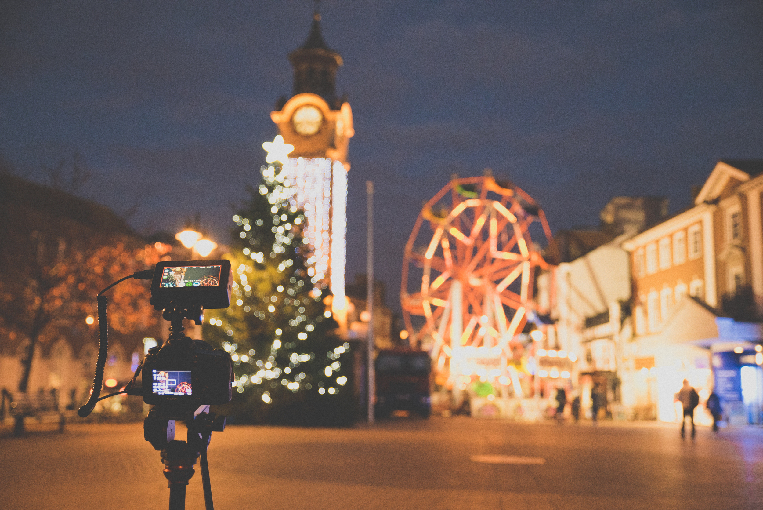 Wonderful Christmas Epsom town centre - 5D and Ninja Blade on the Manfrotto tripod