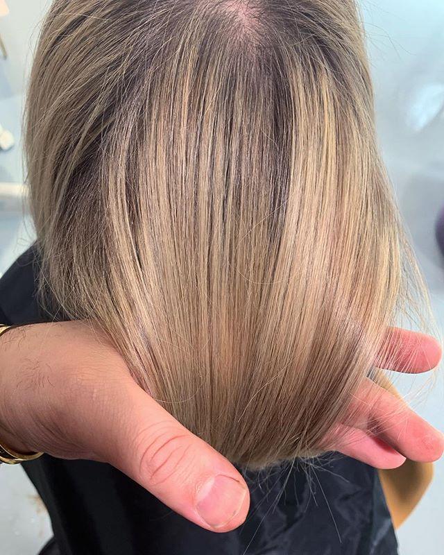 Natural balayage #naznazsalon #naznazsalonjerseycity #naznazsalondowntownjerseycity #naznazhairpeoducts #naznazshampoo #naznazconditioner #naznazserum #naznazwax #newjerseystylist #jerseycitystylist #downtownjerseycitysalon #hairsalon #modernhairsalon #classichairsalon #balyage #highlights #highlightshair #jerseycityhairdresser #naturalhair #naturallook #naturalblyage #makeup #bride #brunnette #blonde #ashyblonde #goldenblonde #newyorkcity #newyorkstylist