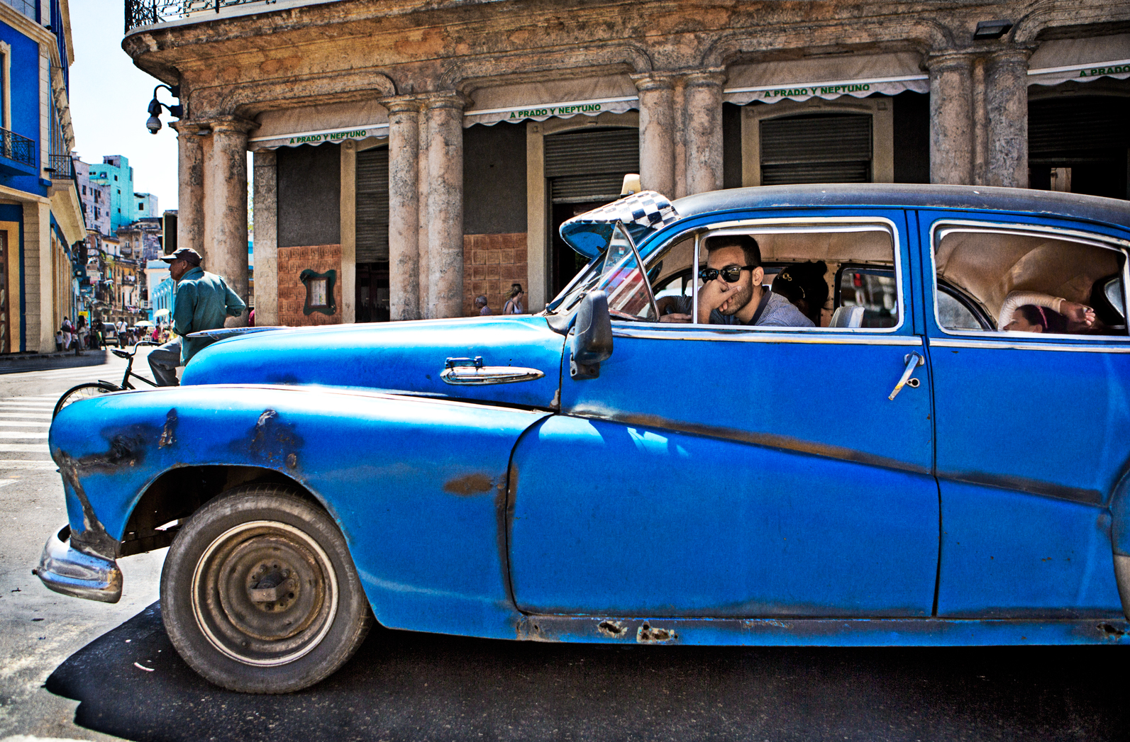 Taxi_Cuba_47B9417_CANVAS_FINAL.jpg