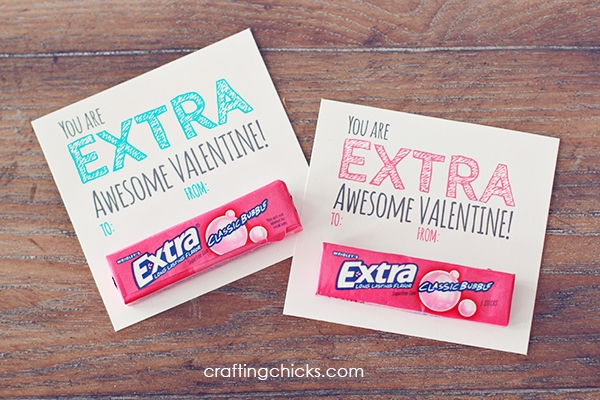 E x t r a  a w e s o m e - This little treat is extra awesome...and so easy! Especially when you have a free printable from crafting chicks. They've got a lot of cute valentine's day ideas..pay them a visit. [photovia  crafting chicks ]