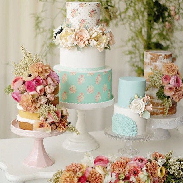 Happy Monday! Here's some lovely cakespiration from @cakesbyjoannecharmand to start your week off right! Beautiful photo by @littleragdollsphotography. LA + online vendors, have you joined or directory of party vendors yet!? Standard listings are free! Get in touch with us. We can't wait to hear from you! www.thepetitepartylist.com