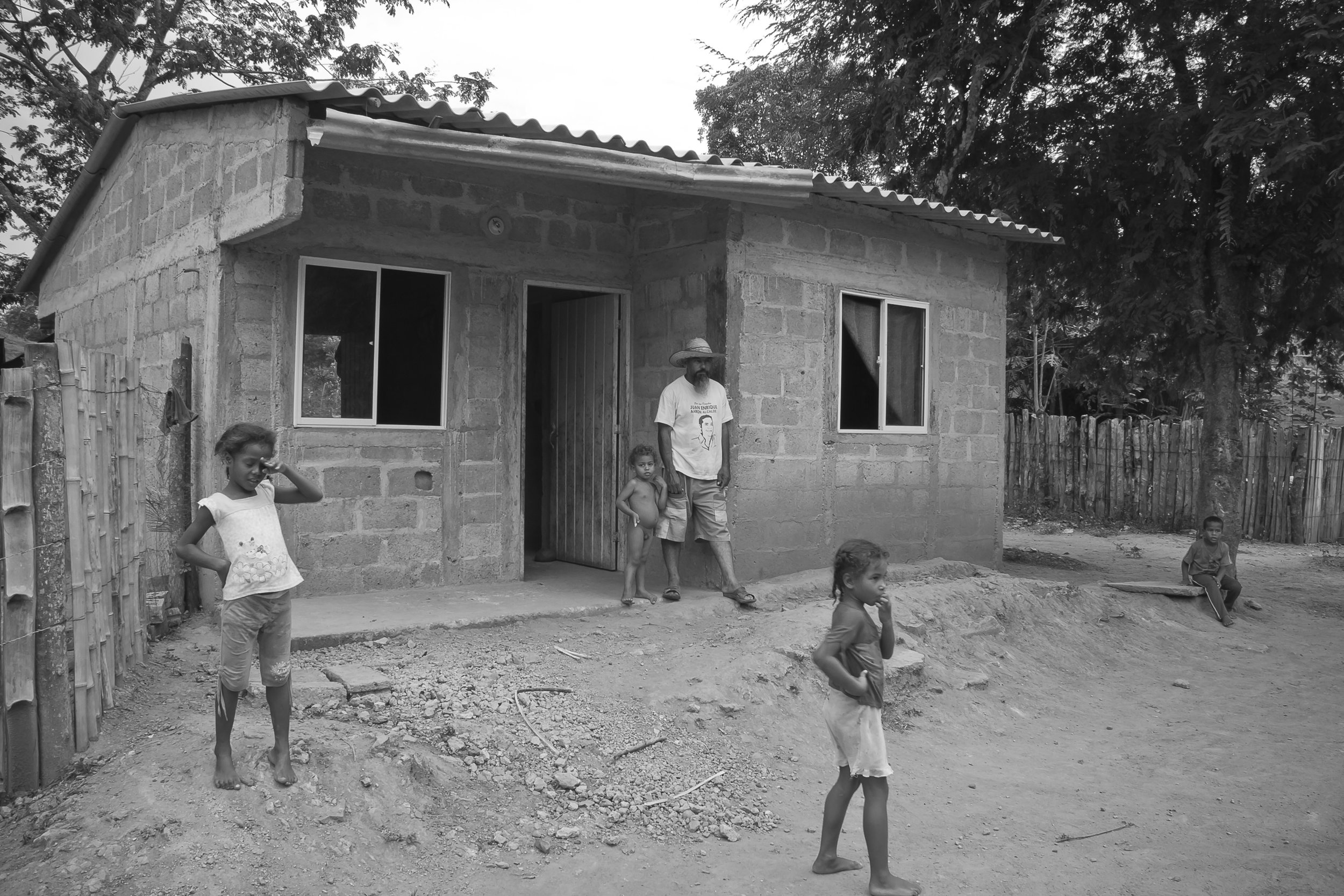 This is a house donated by the Colombian Government. It is a small house for a single family. They are now back to their land where they can farm, keep livestock and eventually improve their house for better conditions.