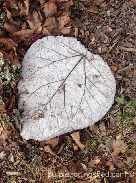 Leaf concrete stepping stone.jpg