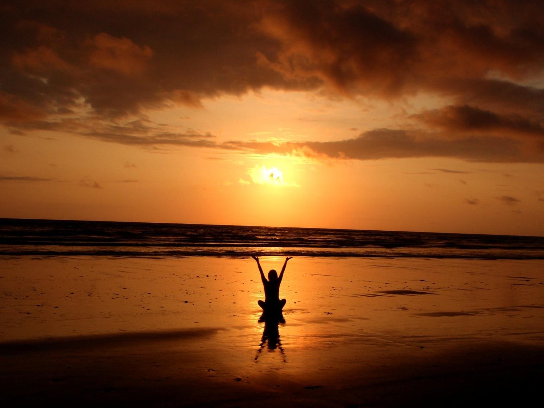 beach-1221063.jpg