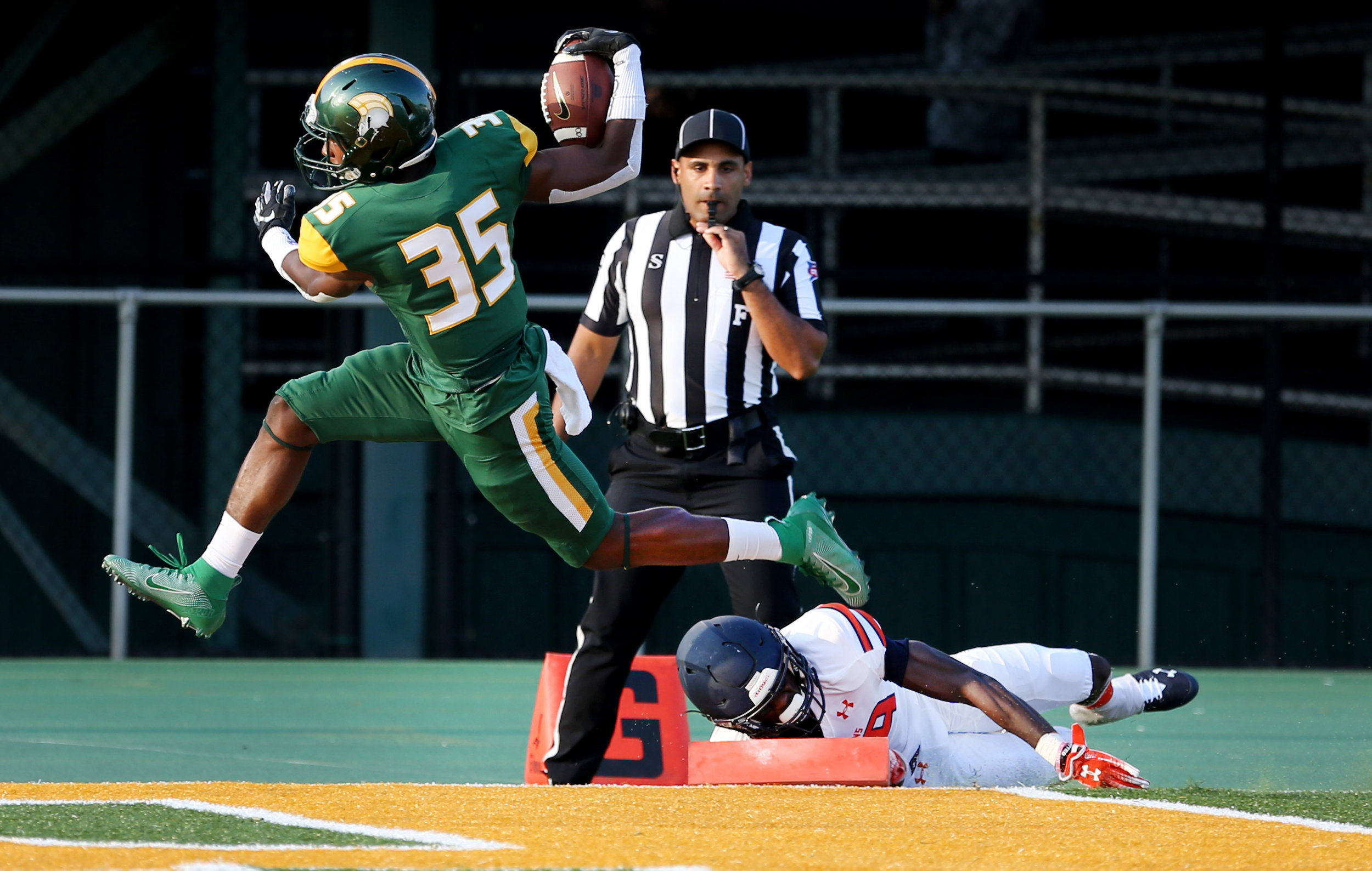Norfolk State's Kevin Johnson scores on his first collegiate carry for 33 yards against Virginia State, Saturday, September 7, 2019 at Dick Price Stadium in Norfolk.