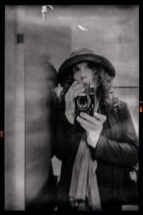 leanne-staples-artist-and-photographer.jpg