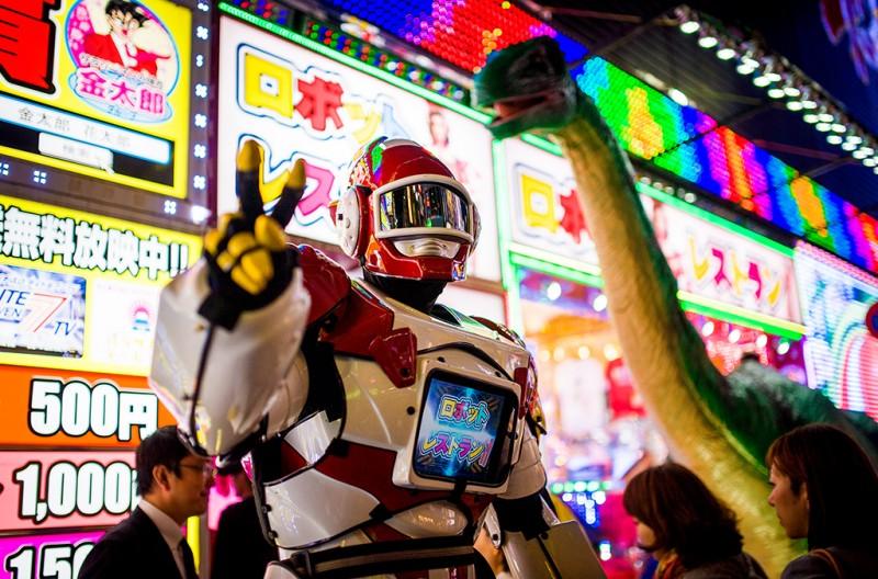 robot-restaurant-peace-robot-800x528.jpg
