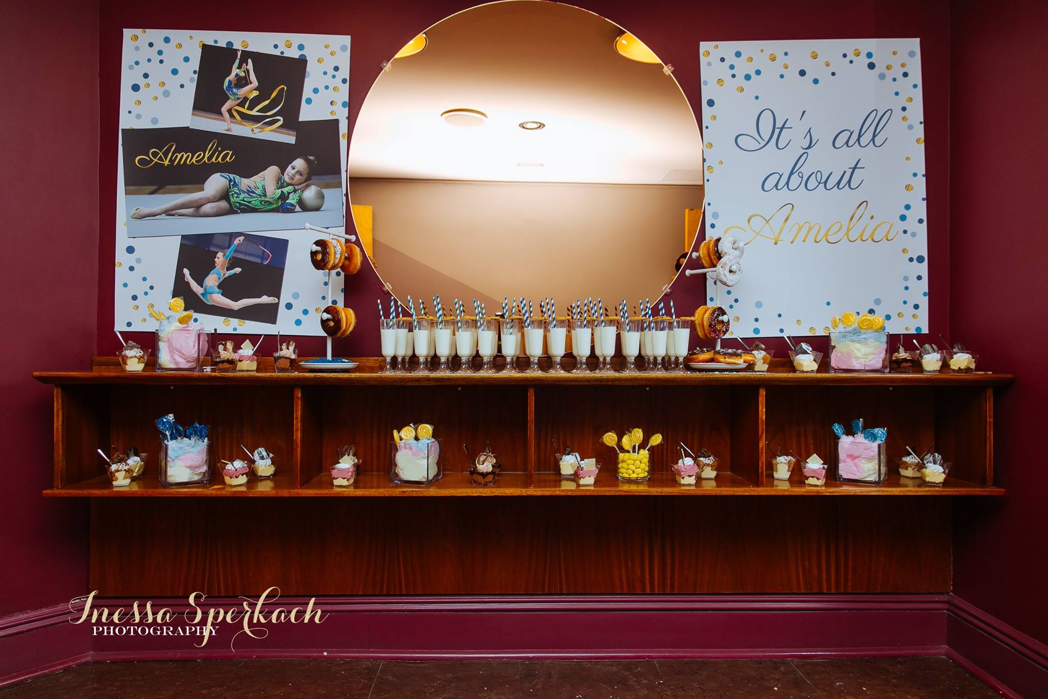 Set up snacks and drinks for guests to enjoy during the movie. Photo from    this    post.