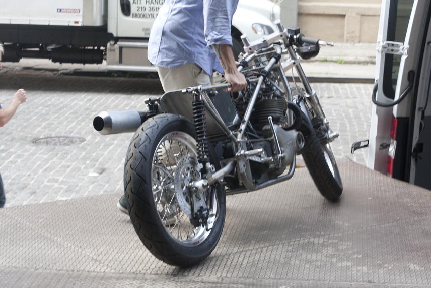 blog-bike-arrives-in-bk-12-5-13-120p.png
