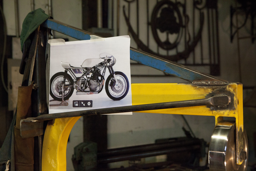 blog-motorcycle-n1-english-wheel-12-5-13-255p.png