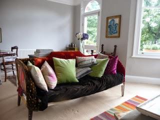 Sofa+(1).JPG