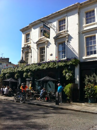 The Warwick Castle pub, just a stone's throw from the canal
