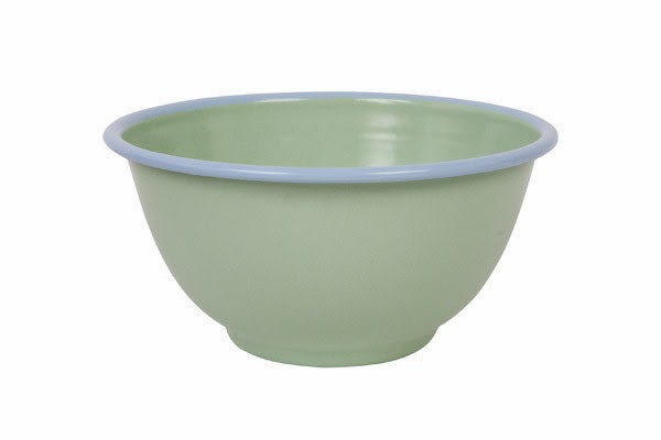 You can never have too many enamel bowls. These come in 4 colours - green/pale blue, white/blue, yellow/grey and pale blue/pink. They also have enamel beakers in the same colours.