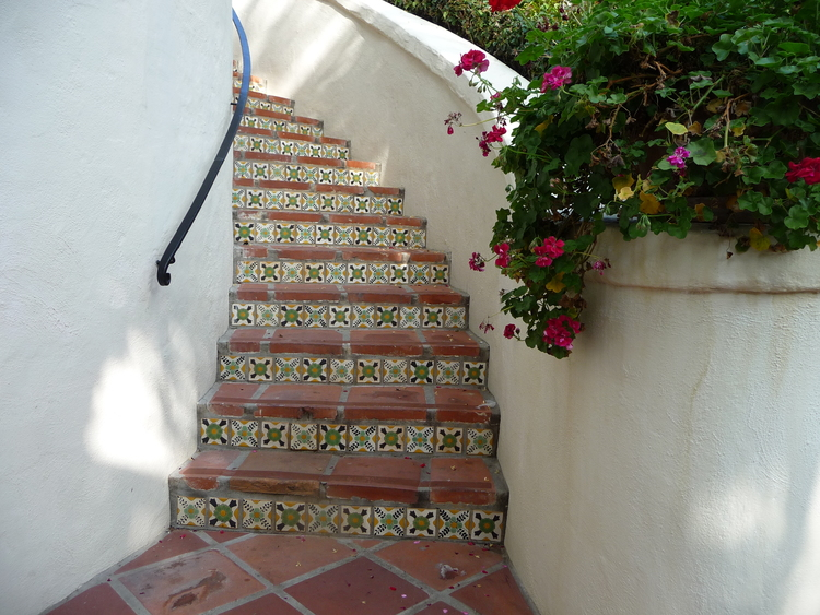 Love the tiles on these steps