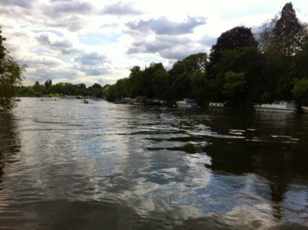 We stopped by the Thames at the foot of the hill in Richmond