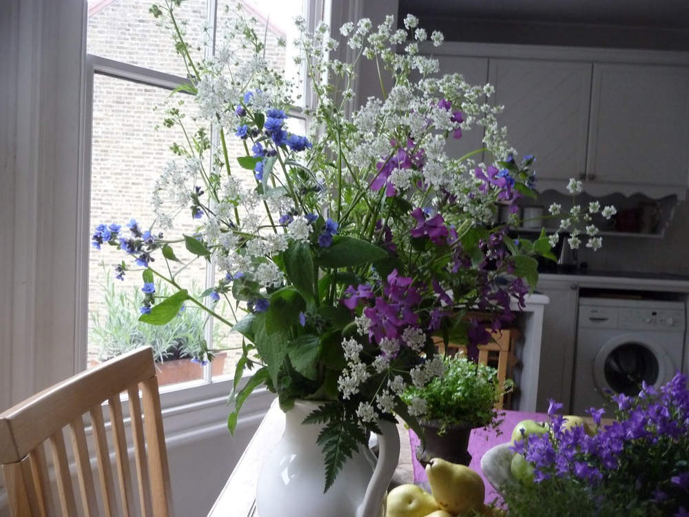 These are all wild flowers I picked on the common (cow parsley, borage and not sure what the purple one is). There's a sign now saying you can't pick the wild flowers!