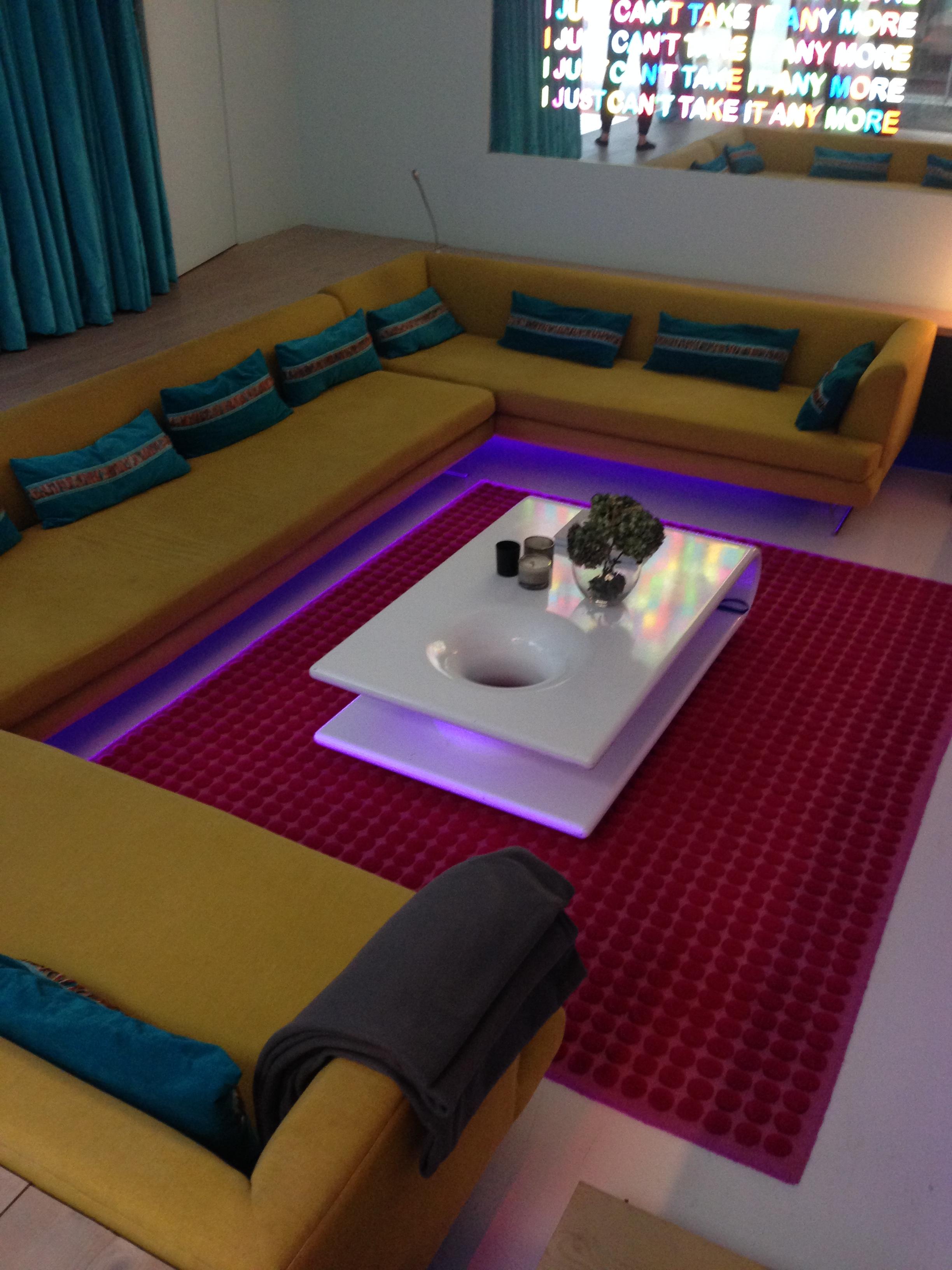 House 1 - Disco Seating Area