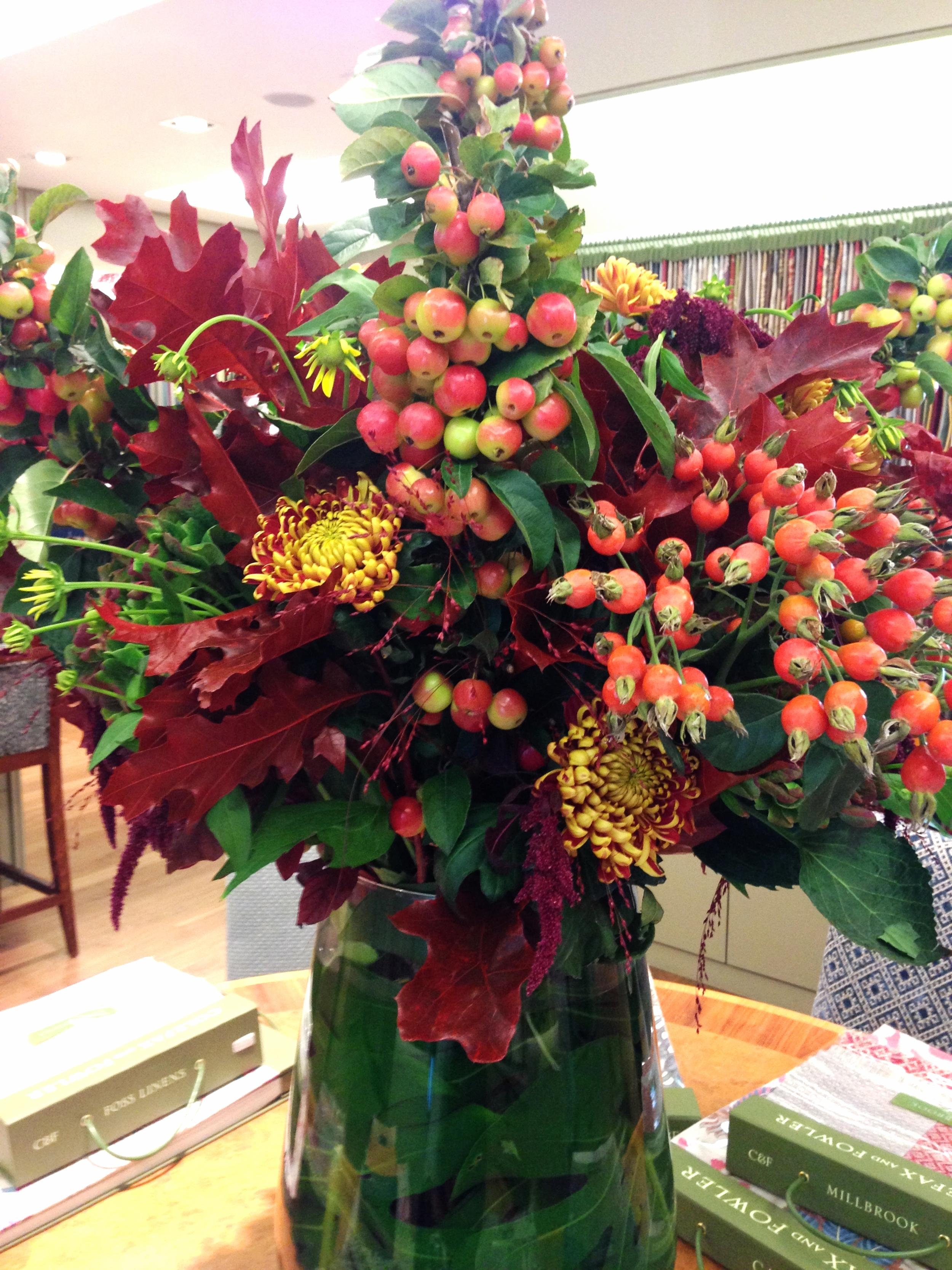 Colefax & Fowler showroom - flowers by my friend Jayne Copperwaite Flowers
