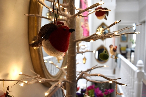 Little felt robin from  Daylesford