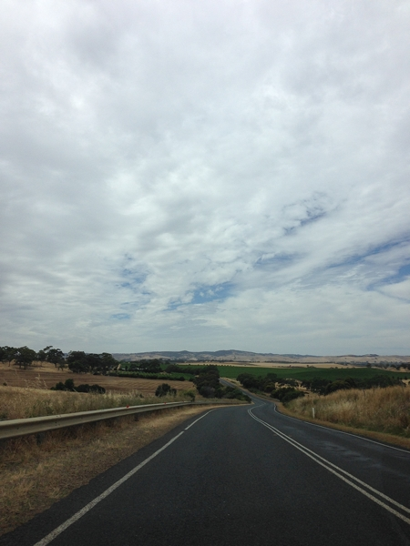 Big sky - driving to Barossa Valley