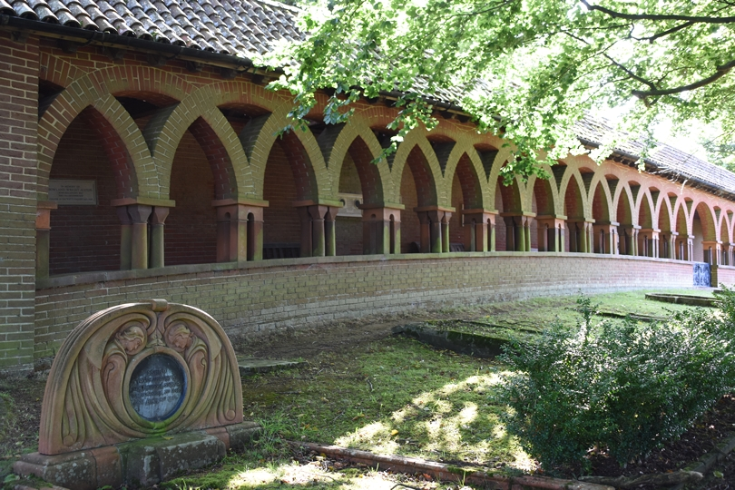 m_Watts Chapel (N) (28).jpg