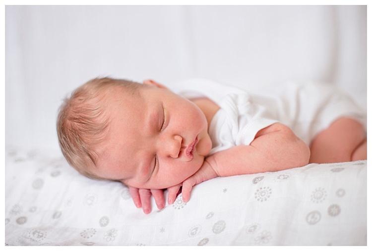 Lifestyle Newborn_Sophie Smith_005.jpg