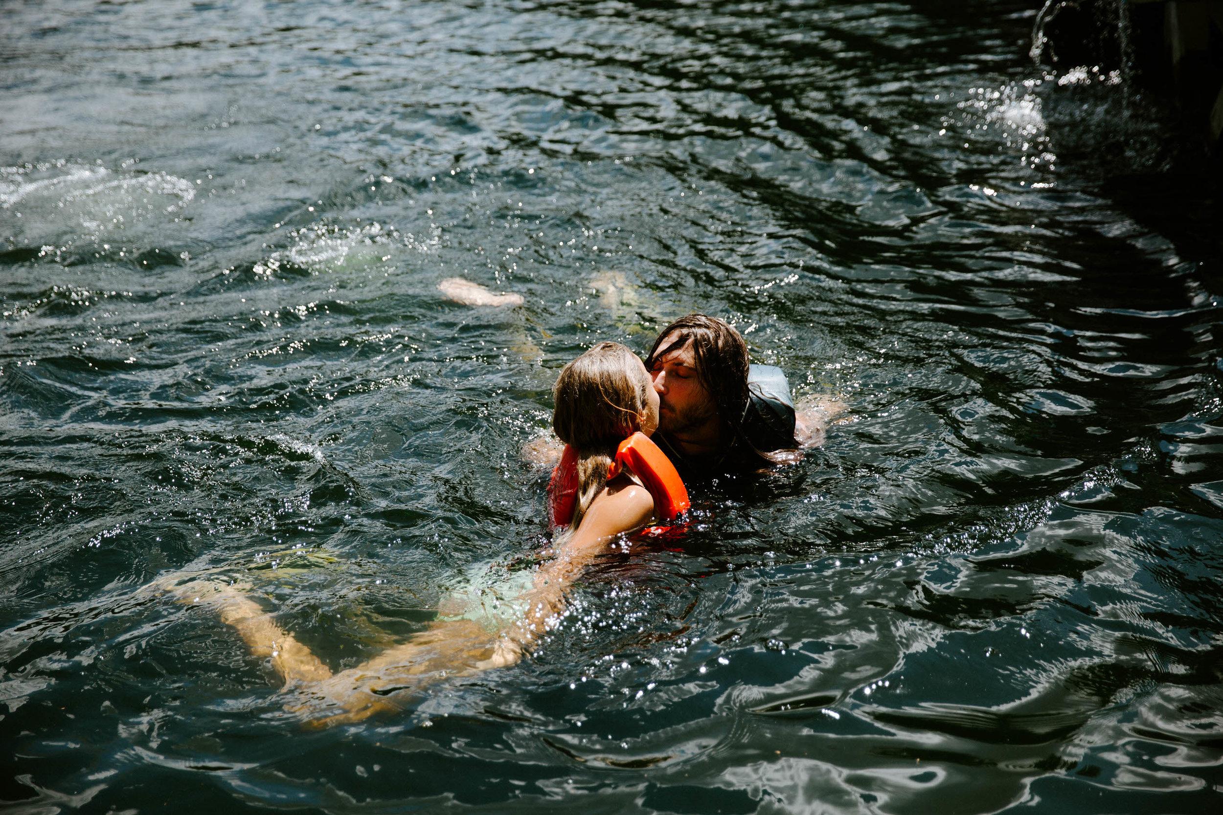 jeremy+elle-Lake-0910.jpg