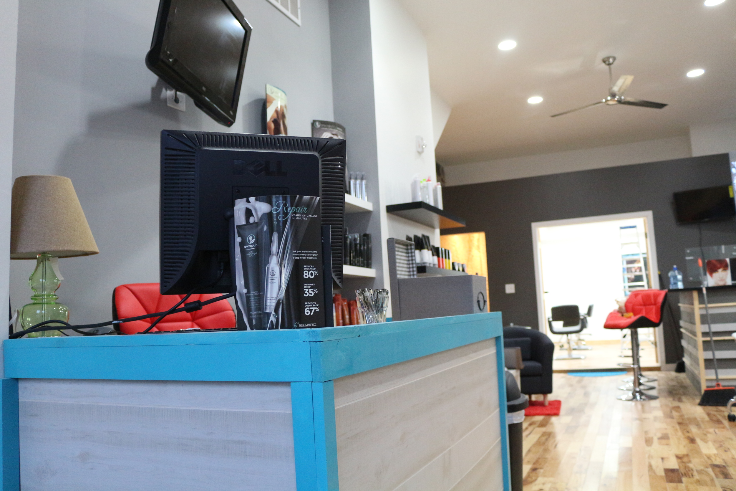 salon masaya front desk.JPG