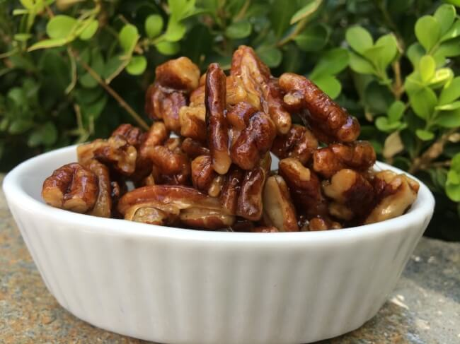 Paleo Candied Pecans [Guest Post by PaleOmazing] | Personally Paleo
