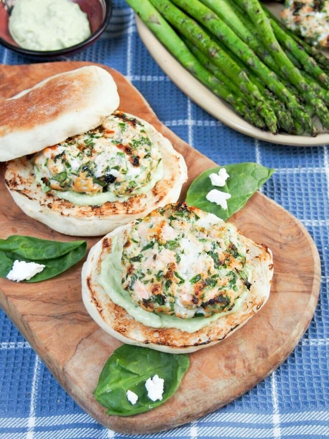 Spinach Feta Salmon Burger| Caroline's Cooking