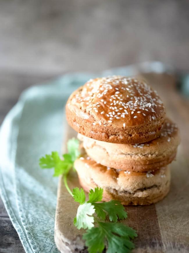 Paleo Sandwich Bun Recipe | Ditch the Wheat