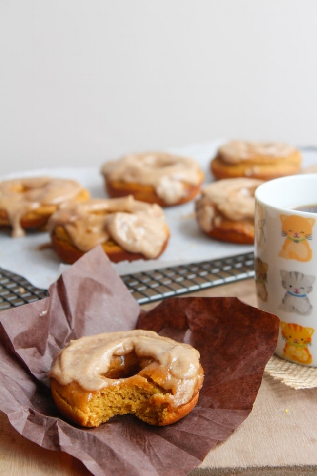 Paleo Pumpkin Spice Donuts with Maple Frosting | A Saucy Kitchen