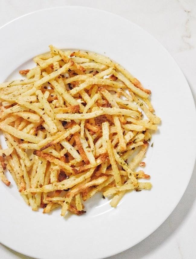Low Carb Garlic Herb Shoestring Jicama Fries | Personally Paleo