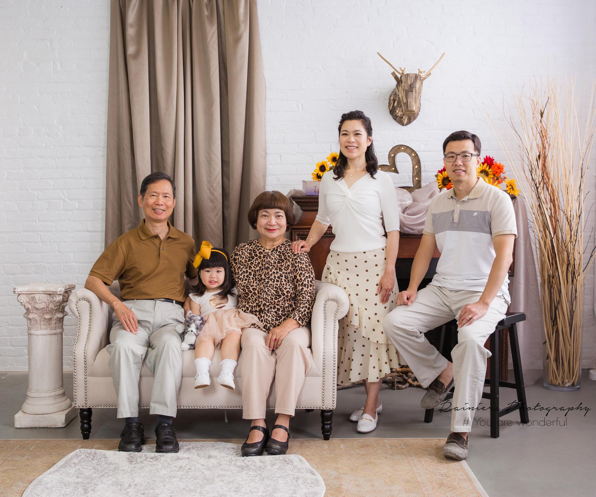 Family-02.jpg