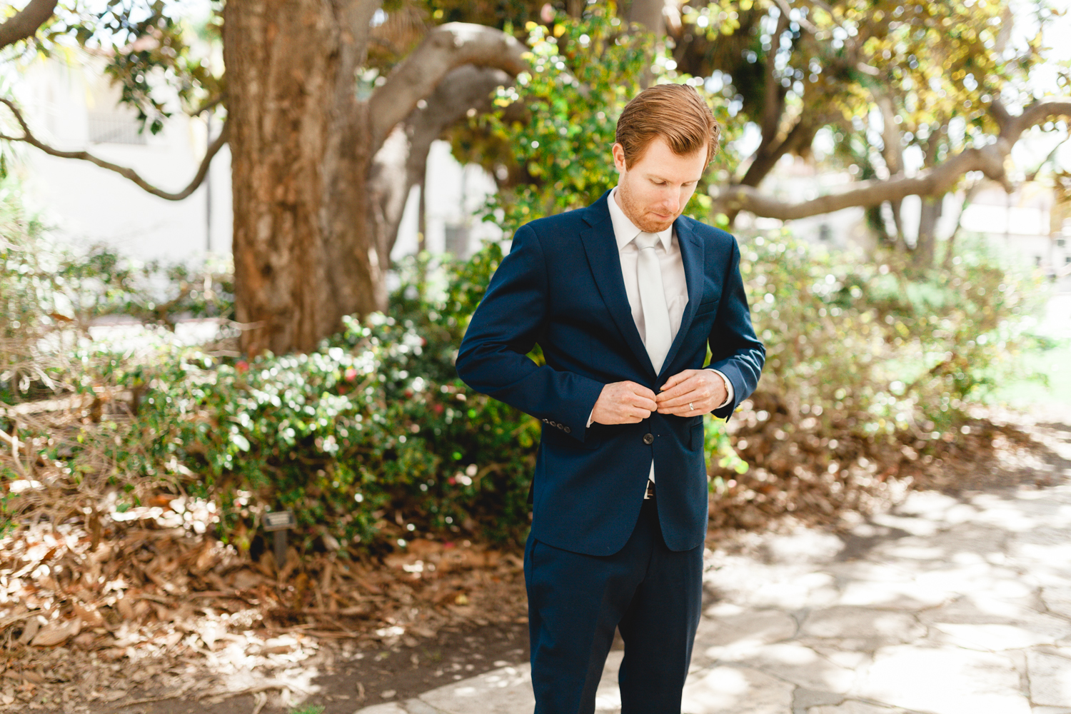 santa barbara wedding photographer groom candid