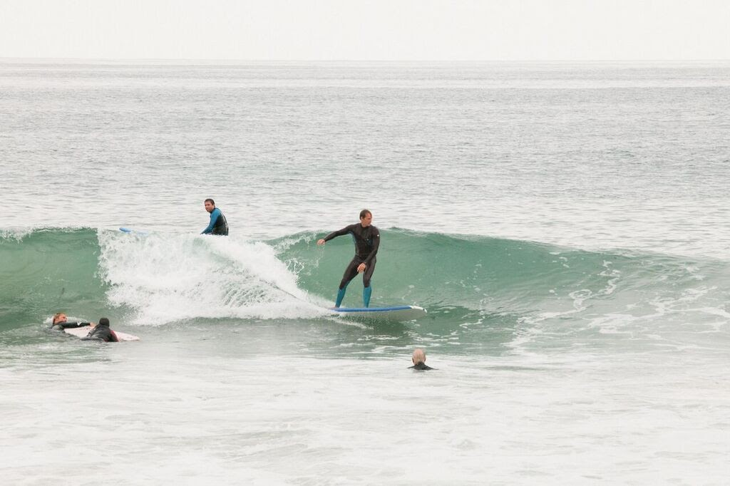 Most people experience the thrill of their first wave within their first lesson!
