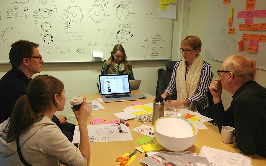 DIscussing about how to integrate sound, light and visual design.
