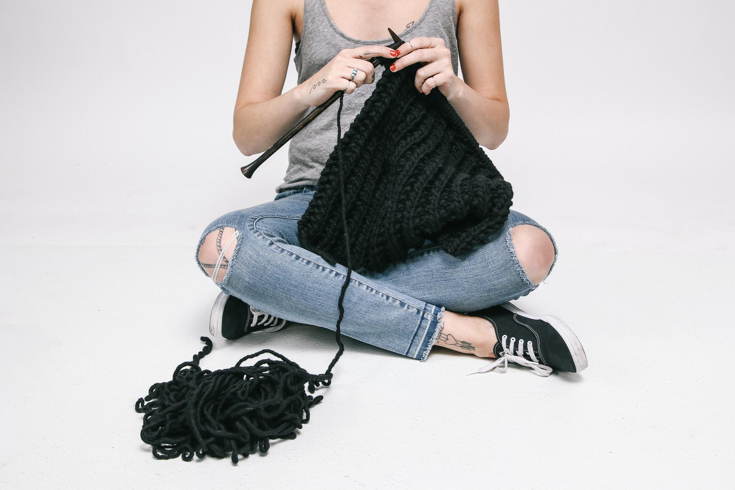jolene jolene knitting.jpg