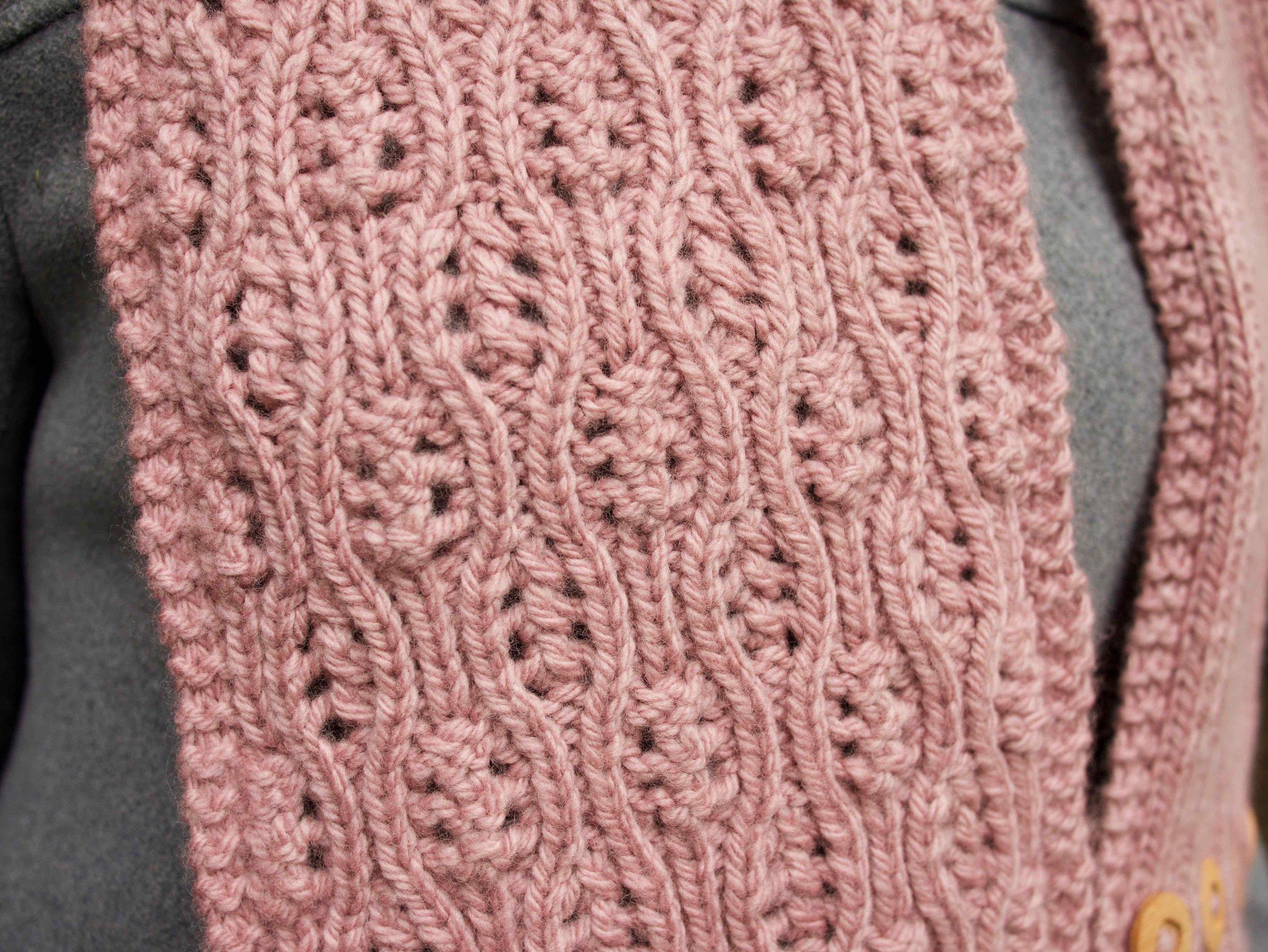 Cozette reversible lace pattern