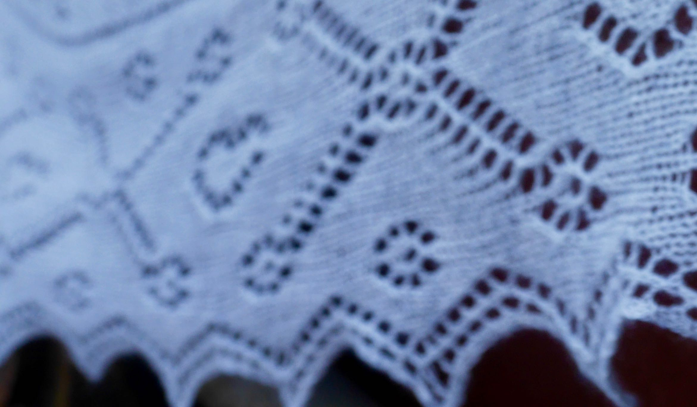 Tico lace edging detail