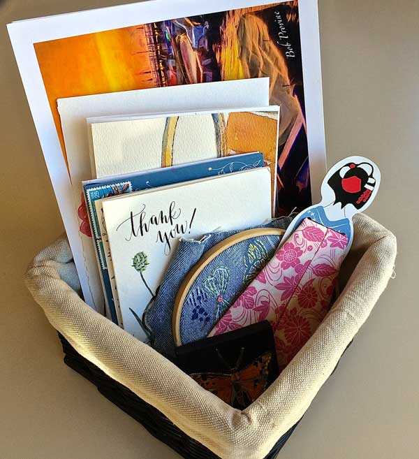 I Love to save thank you letters and ephemera. Little things that bring a happy memory or express a sweet sentiment. I think I would like to get a special bulletin board with pins to showcase these things. A little visual happy place.