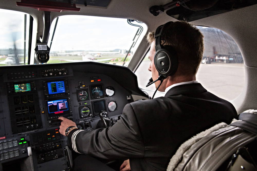 chrono-aviation-pilot.jpg
