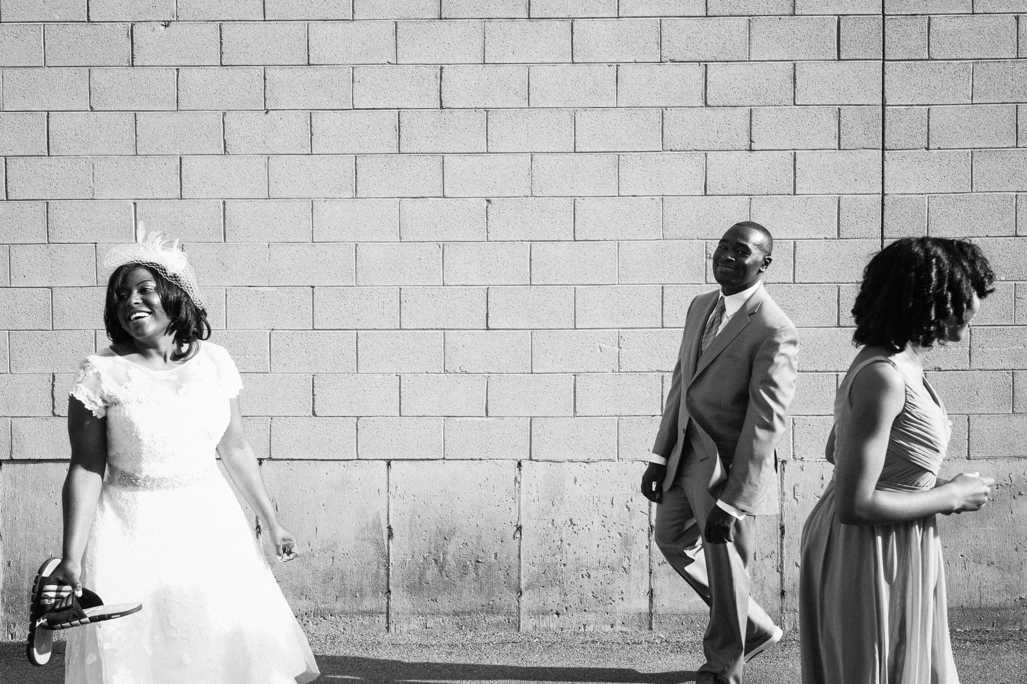 chicago-documentary-wedding-photography-kitchen-chicago-wedding-oriana-koren
