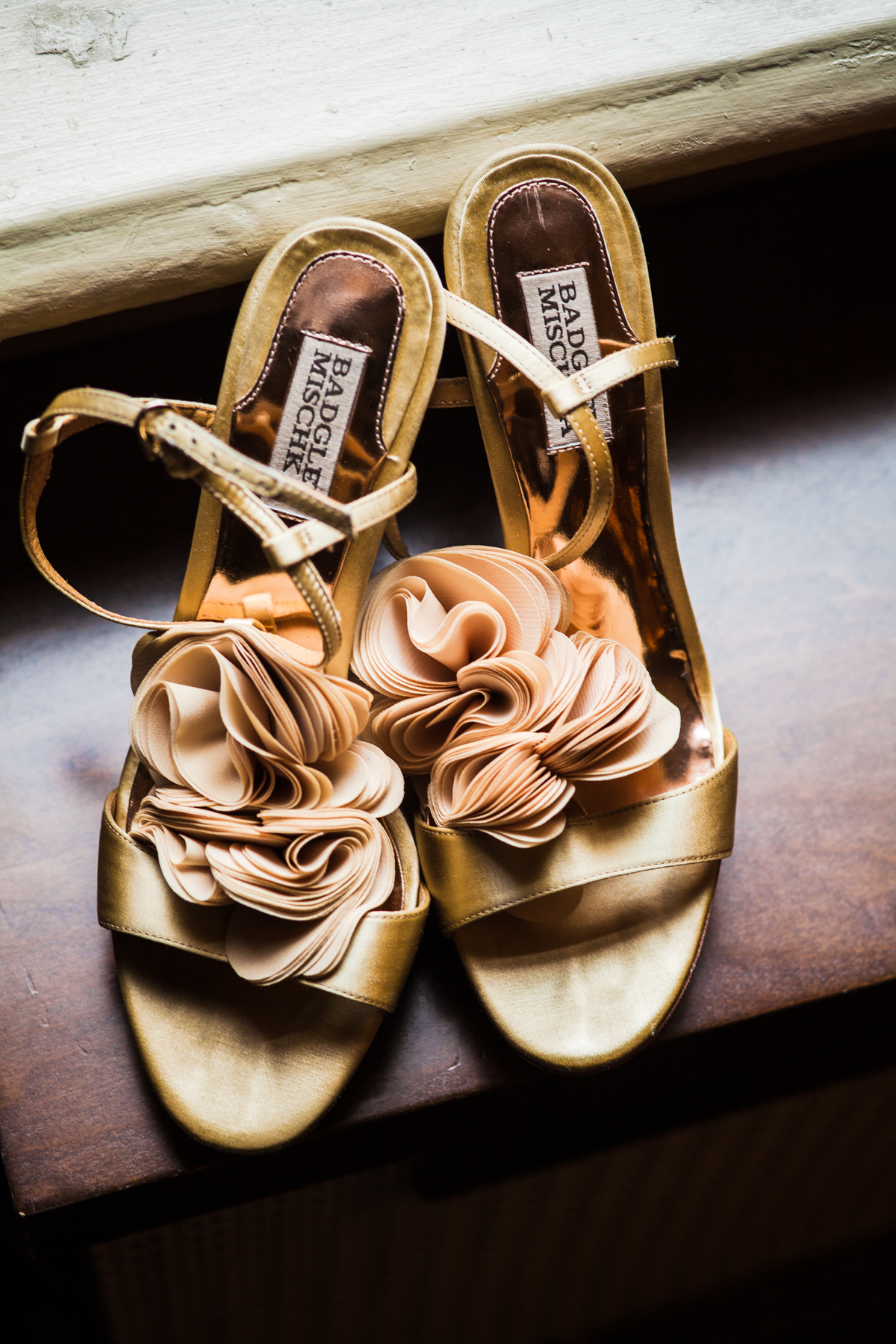 chicago-documentary-wedding-at-a-new-leaf-vintage-inspired-jumping-the-broom-oriana-koren-0707.jpg