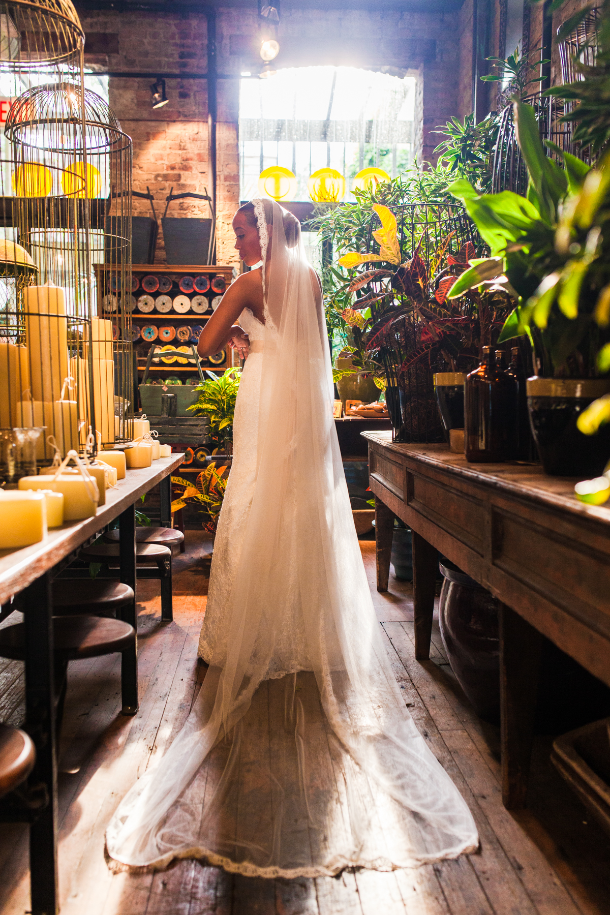 chicago-documentary-wedding-at-a-new-leaf-vintage-inspired-jumping-the-broom-oriana-koren-1047.jpg