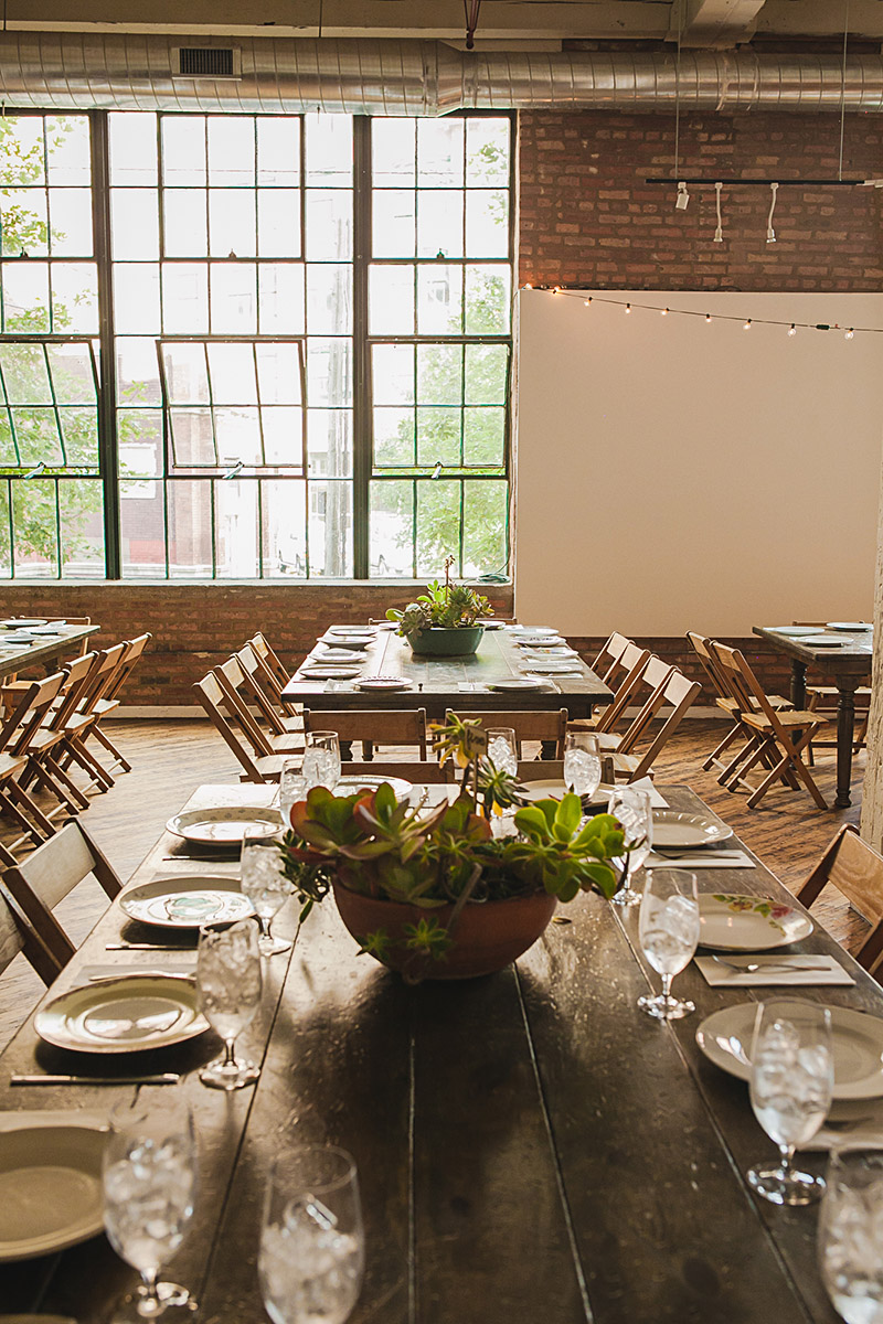 st-hegwig-chicago-urban-arts-society-terrarium-inspired-wedding-documentary-wedding-photography-oriana-koren-32.jpg