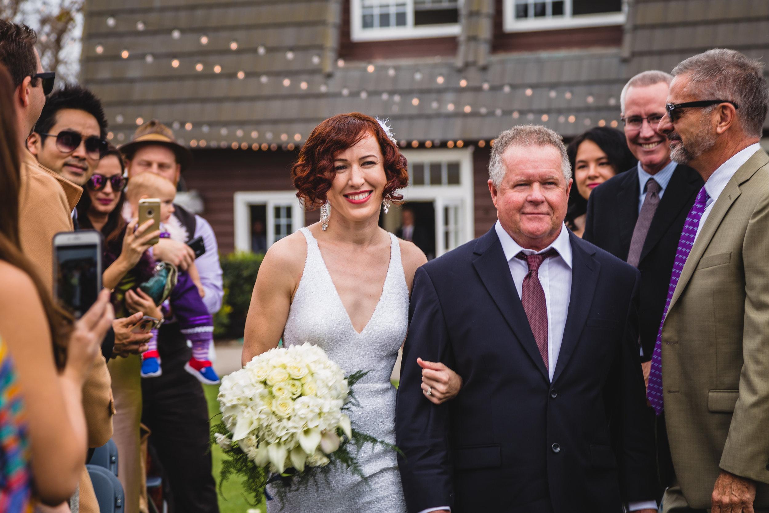 newland-barn-diy-wedding-rebeccaylasotras