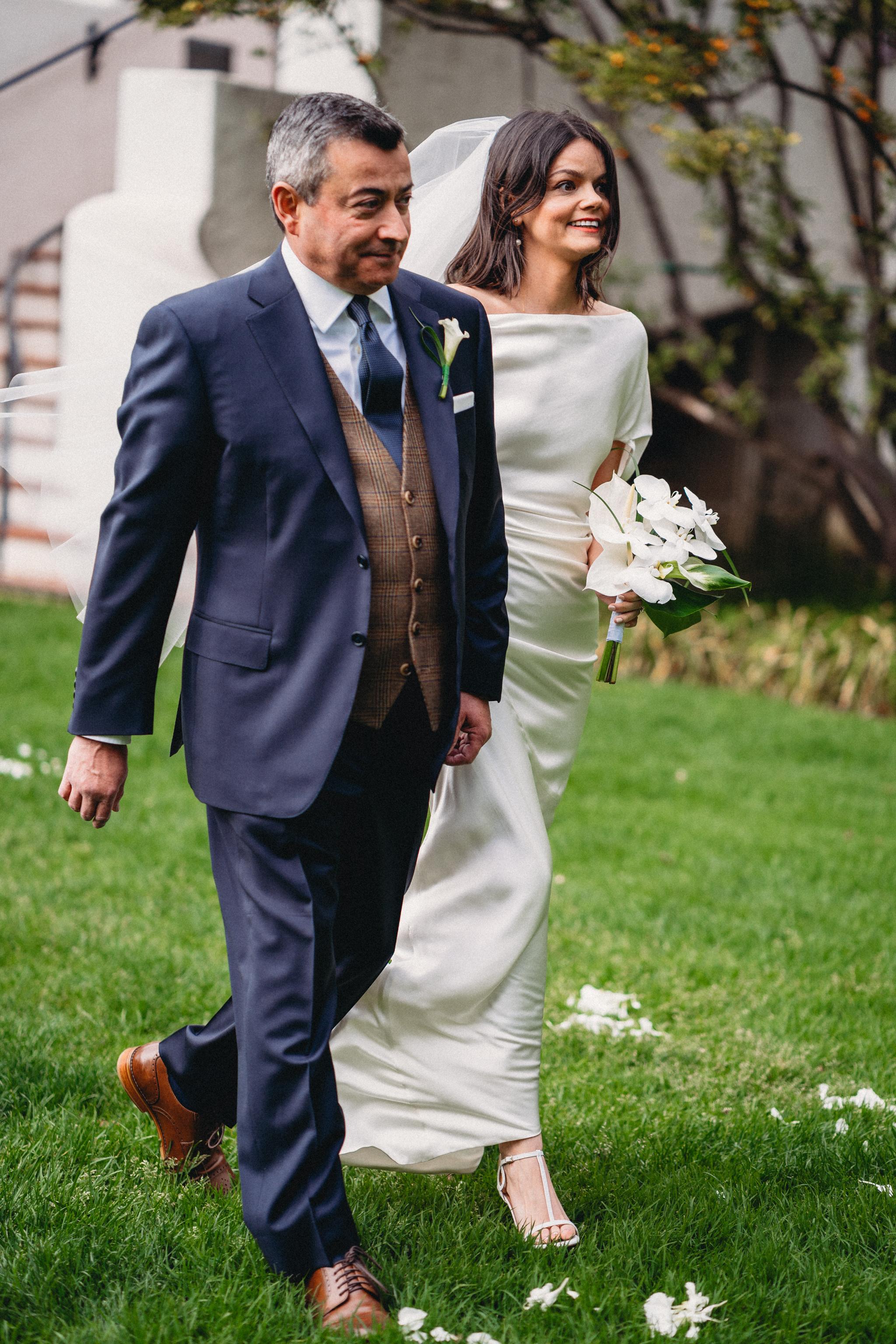 wedding-photography-santa-barbara-courthouse-rebeccaylasotras-41.jpg