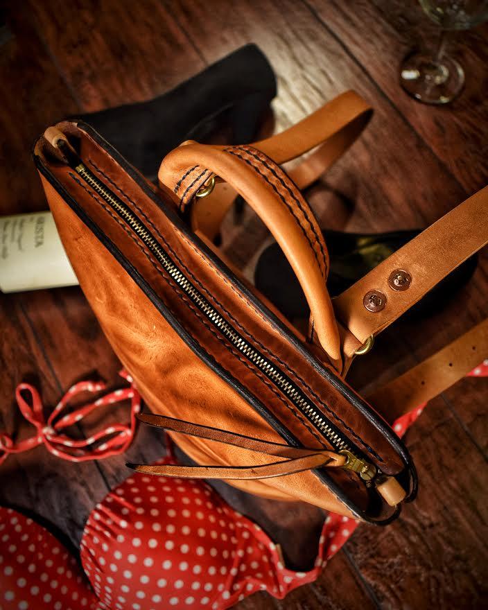 Ladies & Bags  (2).jpg